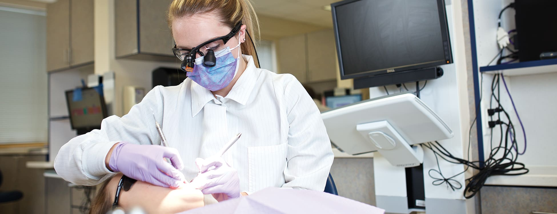 female student, dental hygiene, laboratory, hands on, teeth cleaning
