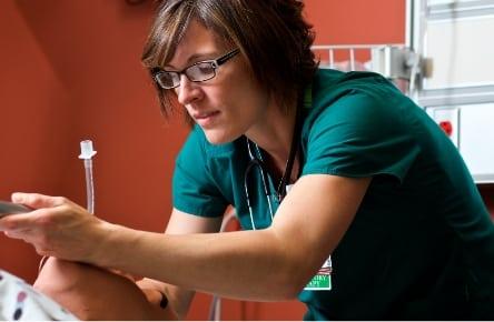 Respiratory therapy, female student, simulation