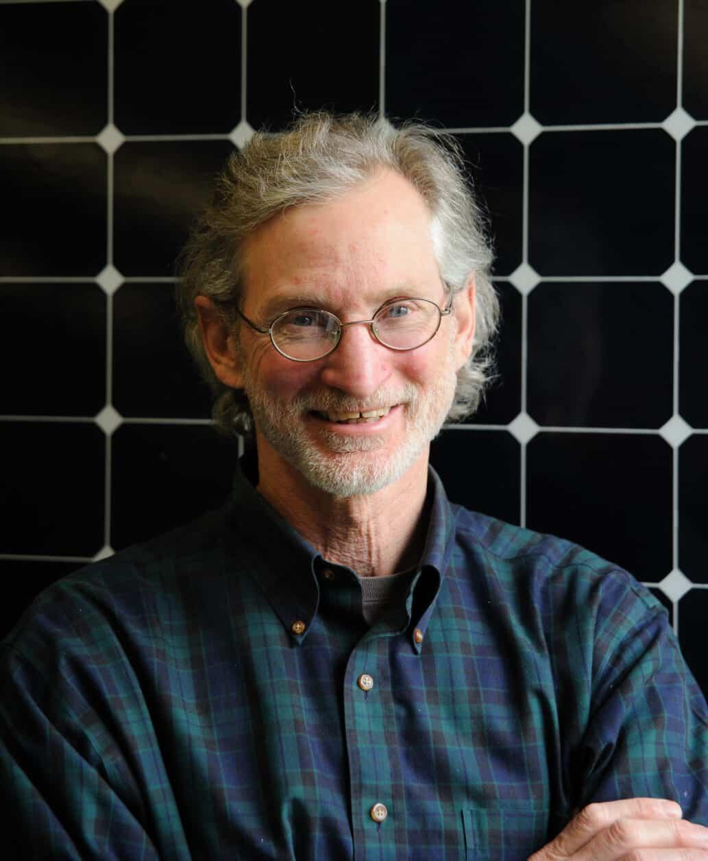 Dan Costin, Assistant Professor