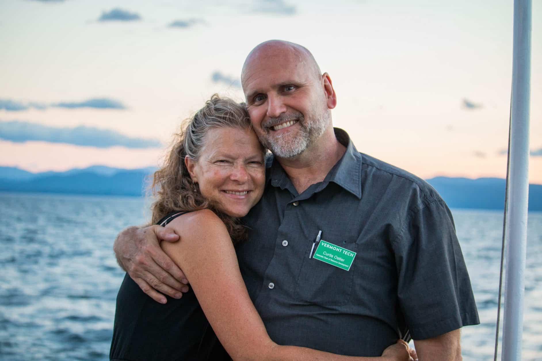 alumni cruise, lake champlain, burlington, Vermont, smiling, couple posing